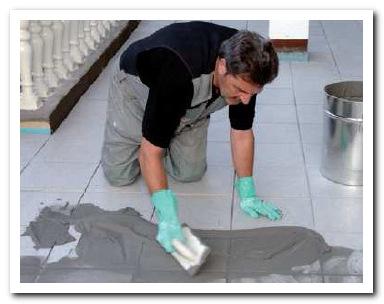 заполнение швов при укладке плитки