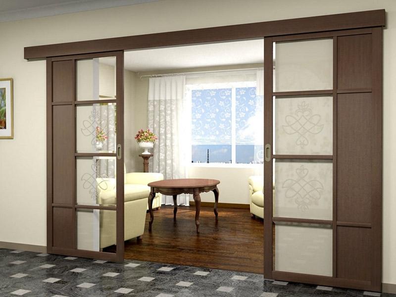 раздвижные двери из дерева и стекла